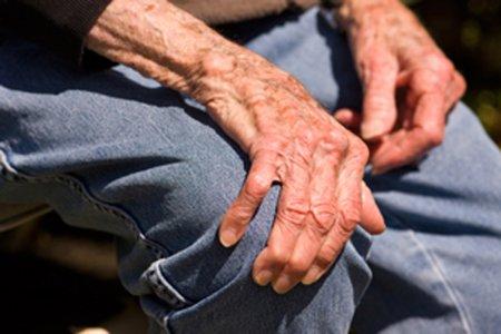 Как лечить болезнь паркинсона и возможно ли это?